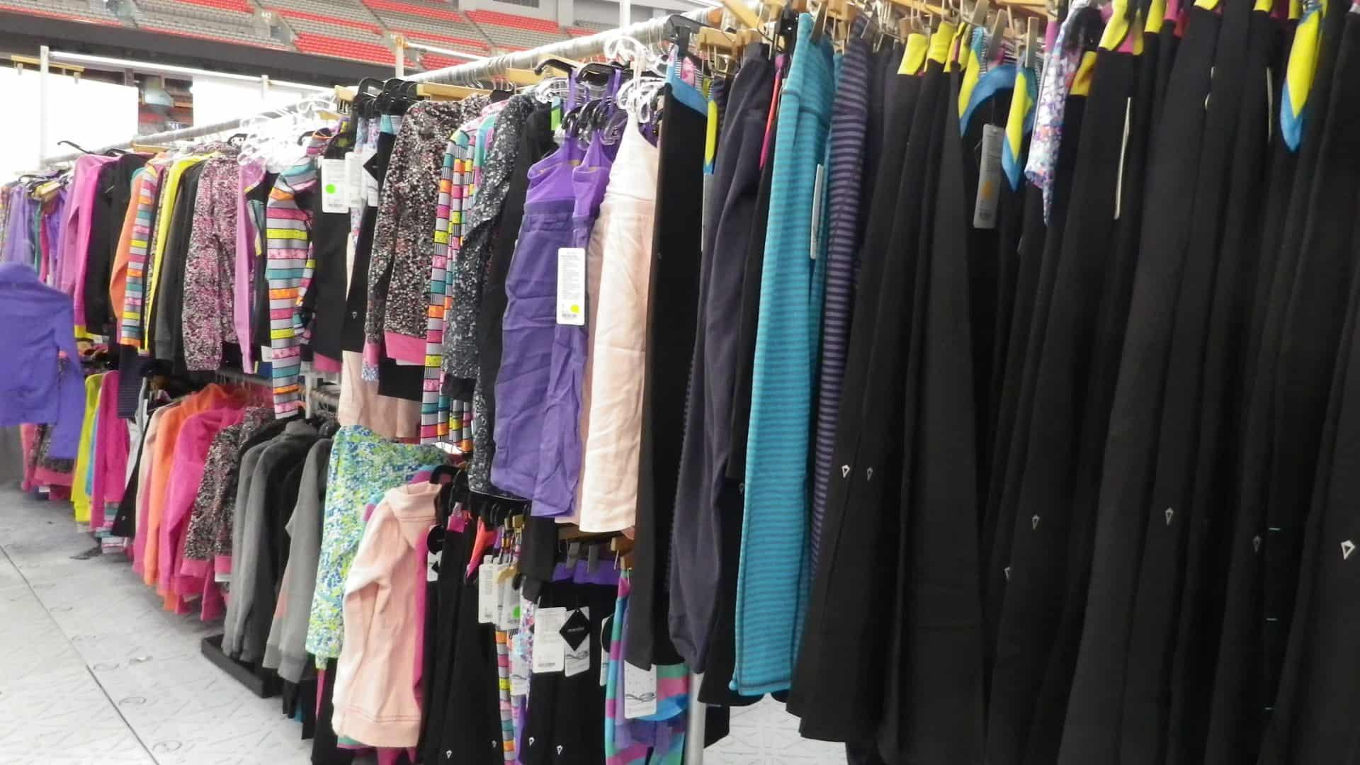 5a56a141b7 Edmonton Lululemon Warehouse sale - Raising Edmonton
