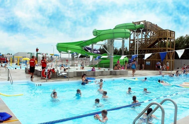 Day Trips Outdoor Waterslides In Blackfalds Raising Edmonton