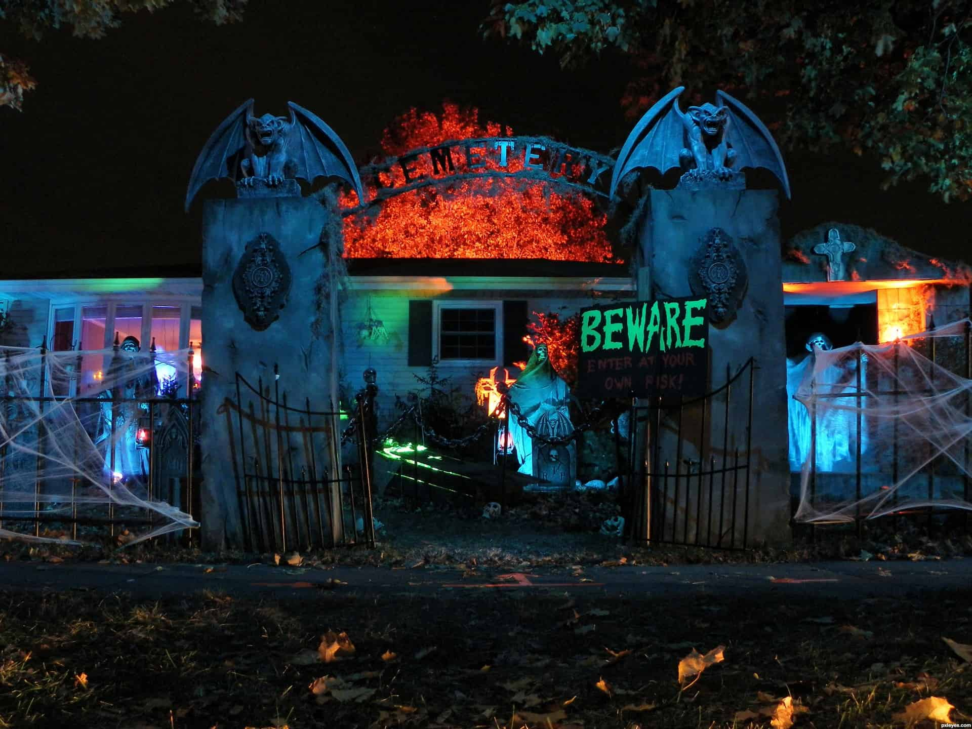 6 free haunted houses to visit in edmonton and area raising edmonton - Halloween House Pictures