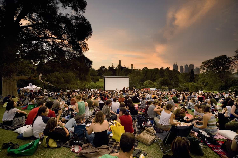 family photo ideas outside spring - Do This Terwillegar Twilight Outdoor Movie 5 28 Raising
