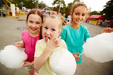 Cotton Candy, Mobile Video Games and Ponies – Cool Birthday Party Add-ons for Edmonton Kids