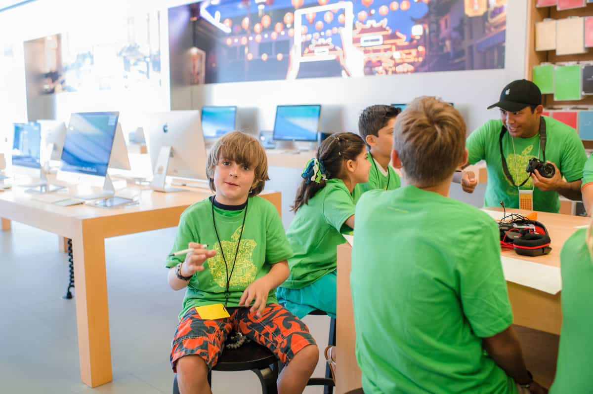 Kids Can Explore Coding, Robotics, Music and Photograpy at FREE Apple Camp Sessions this Summer