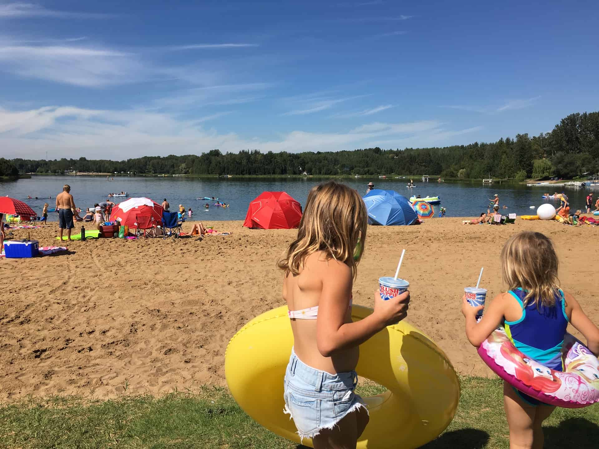 10 Waterparks and Beaches Near Edmonton that You've Got to Visit This Summer