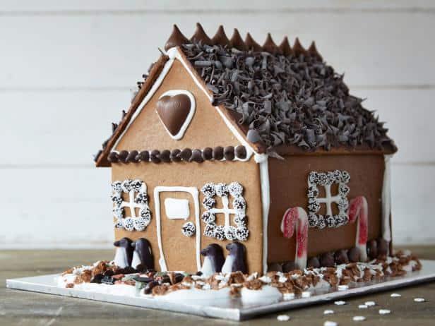 7 Holiday Gingerbread House Workshops for Kids in Edmonton | 2018