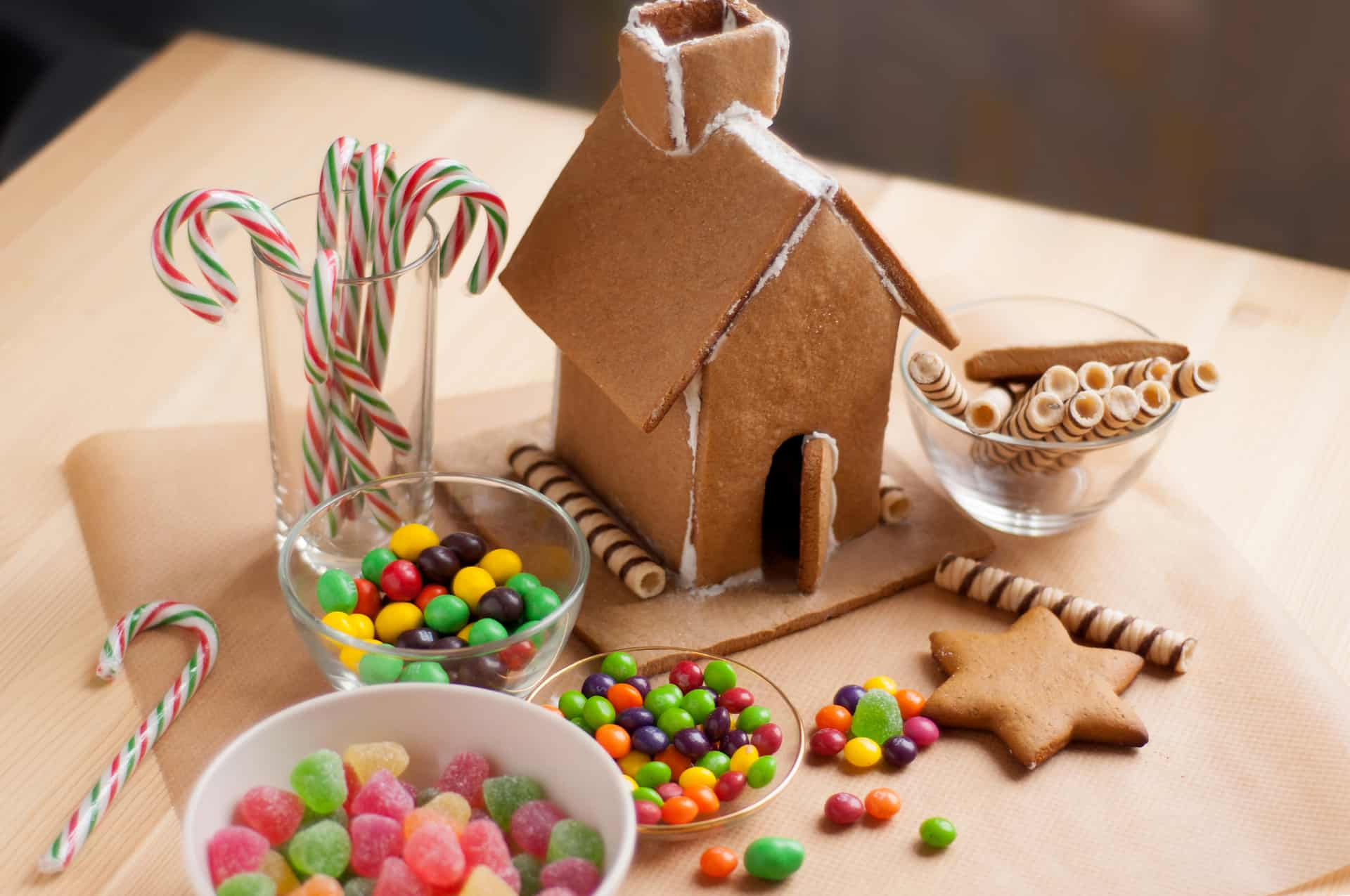 This Year You can Build a Gingerbread House, Make a Grinch Tree and Stuff an Animal During Christmas at Northgate Centre – and it's all Free!