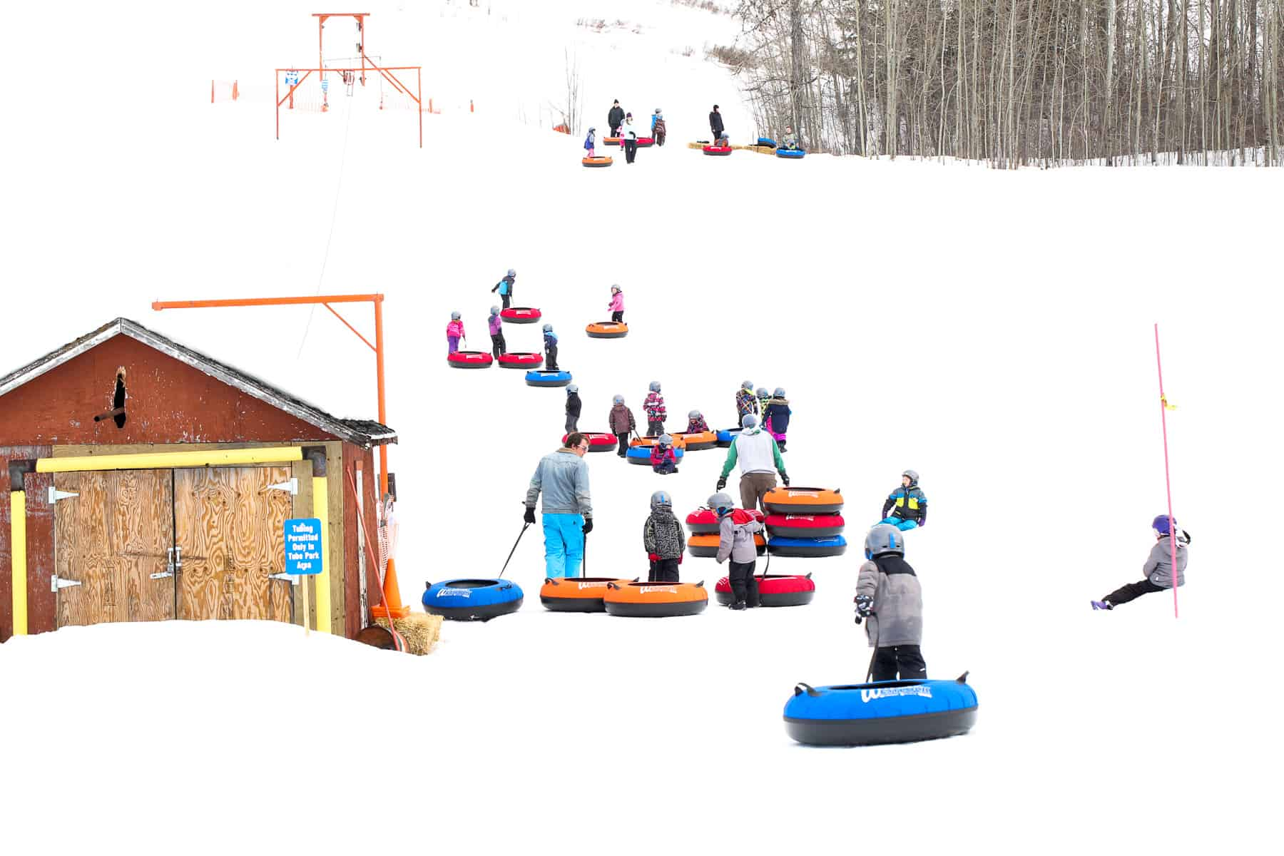 Every Sunday There's FREE Snow Tubing at Tawatinaw Valley Outside of Edmonton