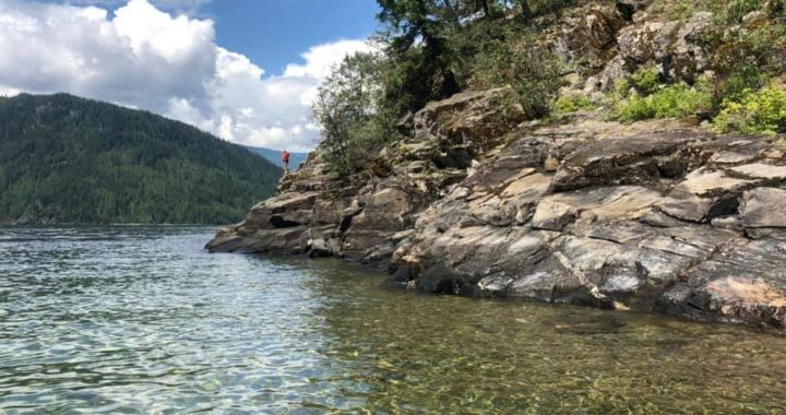 Giant Ice Cream, Llamas and Cliff Jumping – What to do at Shuswaps Lake with Kids