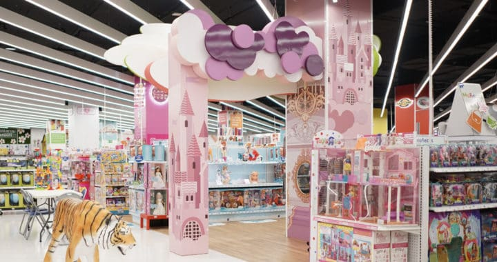 Toys R Us Has FREE In-Store Events March 23-27 for Spring Break